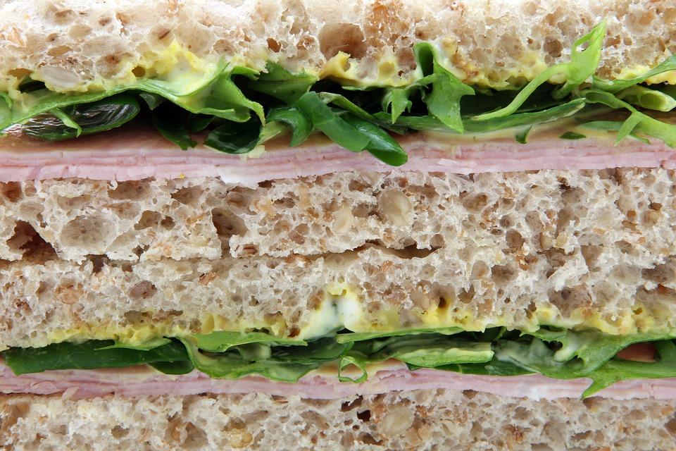 Obložený chleba