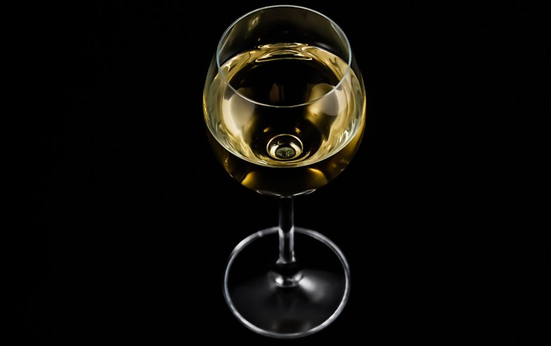 sklenička vína