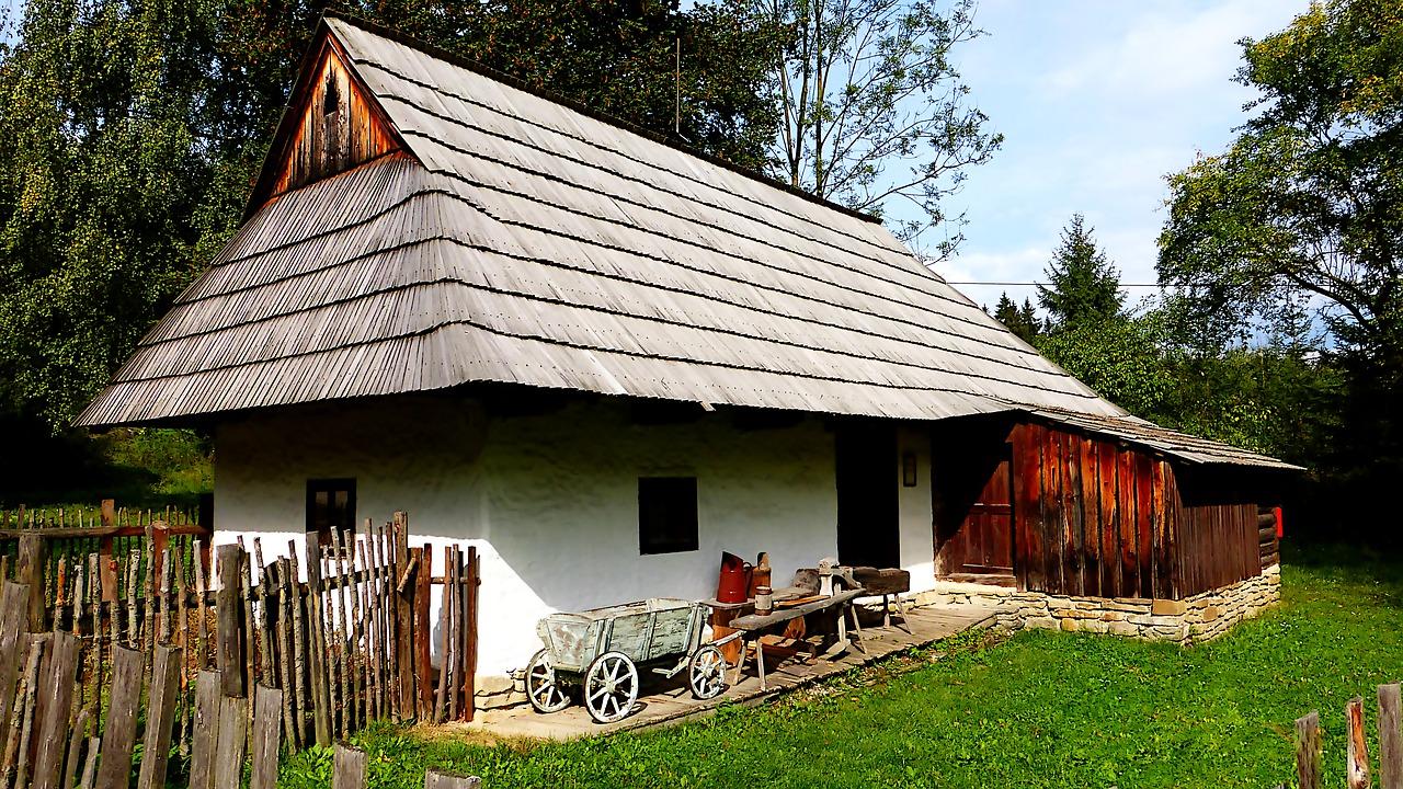 venkovské stavení v Maďarsku